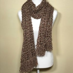 United Colors of Bennetton knit scarf